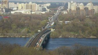 Мост Метро в Киеве. Архивное фото