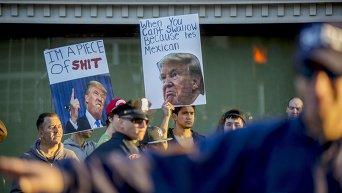 Протест против Дональда Трампа в Нью-Йорке