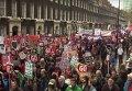 В Лондоне десятки тысяч британцев протестовали против политики правительства