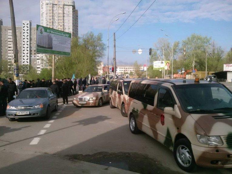 На месте столкновений на Позняках в Киеве