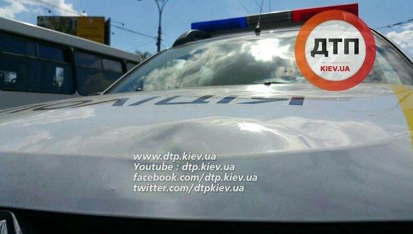 Патрульных, сбивших женщину вКиеве, отстранили отслужбы