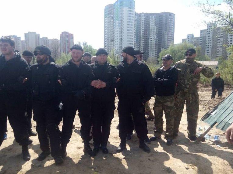 На месте конфликта на Позняках в Киеве