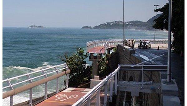 В Рио-де-Жанейро обрушилась построенная к Олимпиаде велодорожка, двое погибли
