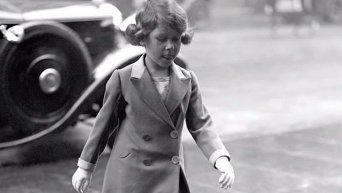 90 лет королевы Елизаветы II в 90 фотографиях. Видео