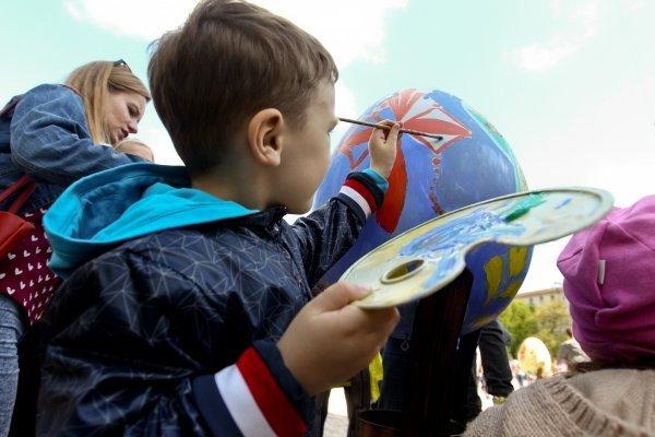 Всеукраинский фестиваль писанки на Софийской площади
