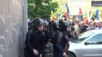 В Кишиневе произошли столкновения демонстрантов с полицией