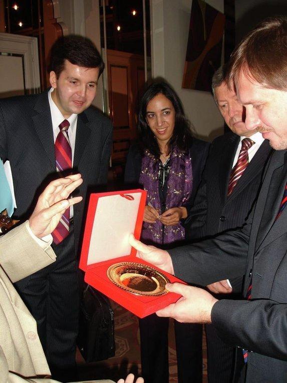 Андрей Дорошенко (крайний слева). Архивное фото