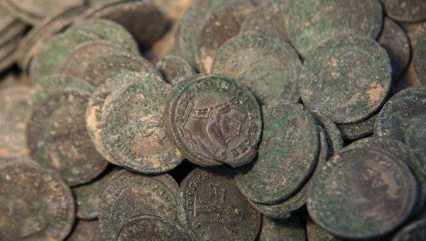 Редкие монеты. Архивное фото