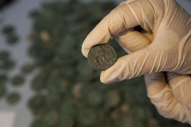 На стройке в Испании нашли 600 кг древнеримских монет