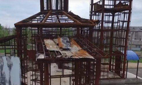 Сожженная церковь Иоанна Кронштадтского в Кировском Донецкой области. Видео