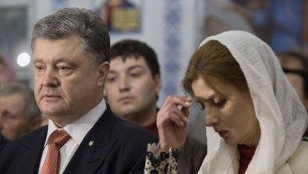 В Пасхальную ночь Президент вместе с супругой молились за Украину