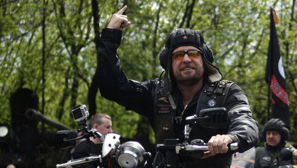 Президент мотоклуба Ночные волки Александр Залдостанов (Хирург). Архивное фото