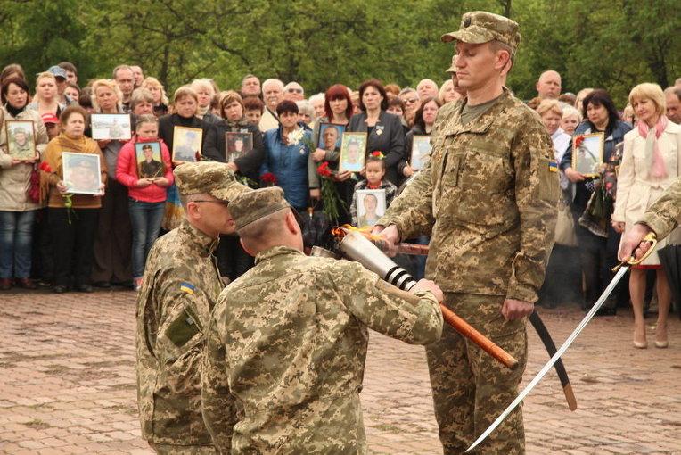 В Кривом Роге прошел парад в честь 71-й годовщины Великой Победы