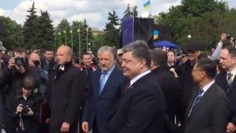 Полиция должна показать преимущества освобожденного Донбасса - Порошенко