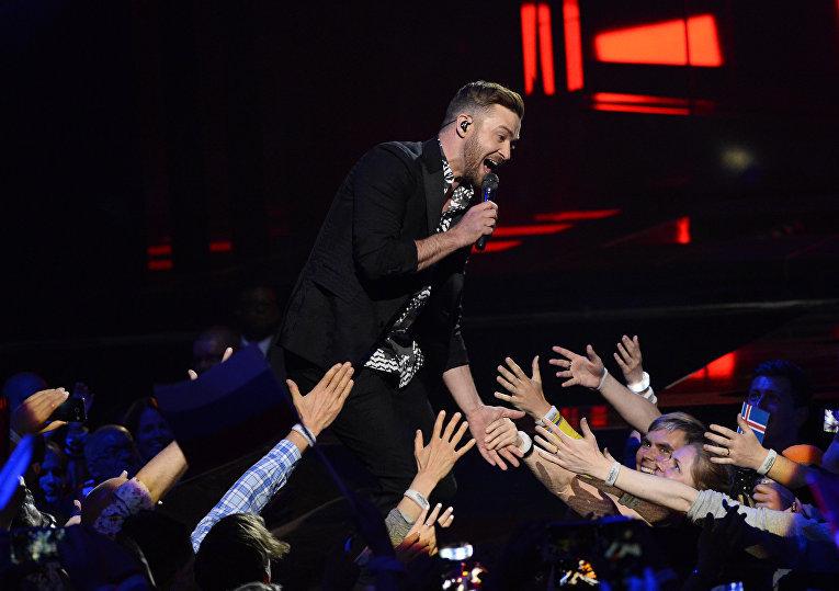 В финале конкурса выступил известный певец Джастин Тимберлейк
