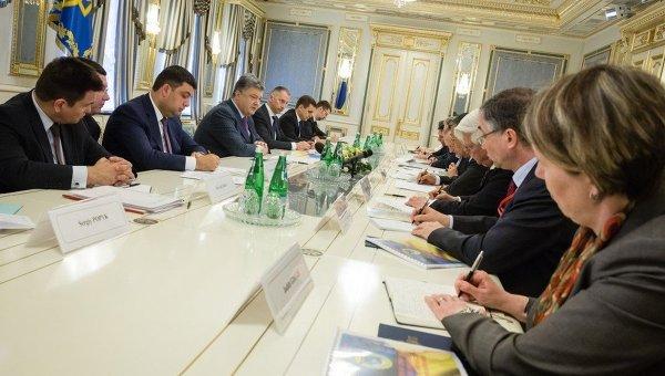 Встреча Петра Порошенко с послами стран Большой семерки в Киеве