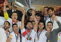 Игроки Севильи в третий раз выиграли Лигу Европы