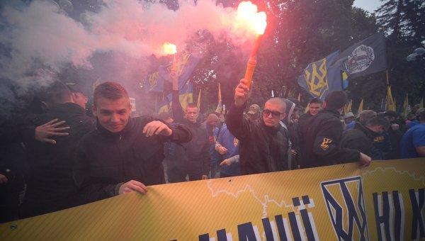 Марш Азова в Киеве