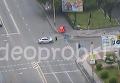 ДТП в Киеве: зафиксирован момент вылета малолитражки с дороги. Видео