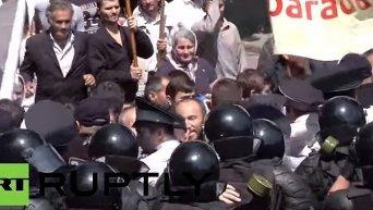 Разгон марша ЛГТБ-сообщества в Кишиневе. Видео
