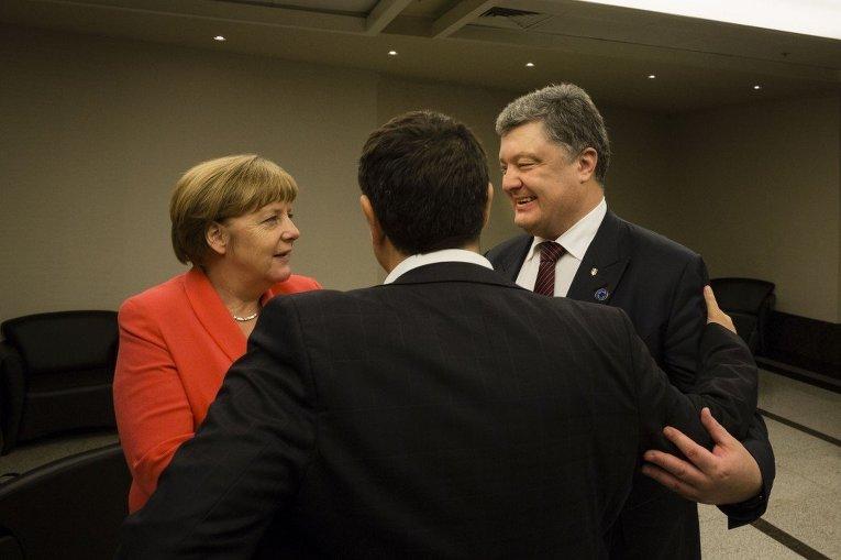 Петр Порошенко, Ангела Меркель и Алексис Ципрас