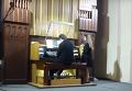 Хит о лабутенах сыграли на органе