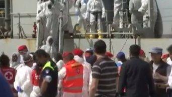 Крушение судна с мигрантами в Средиземном море