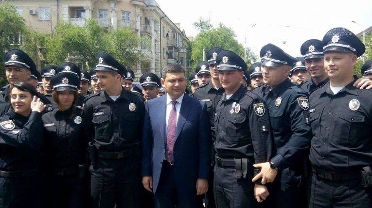 Запуск патрульной полиции в Мариуполе и Владимир Гройсман