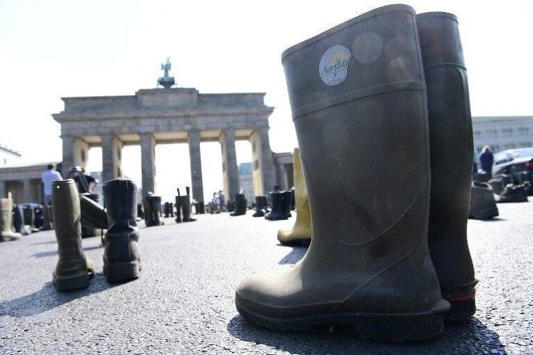 Акция протеста Ассоциации фермеров-молочников в Берлине