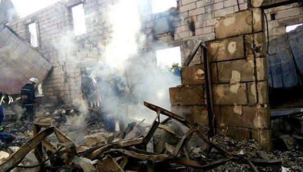 На месте пожара в доме престарелых под Киевом