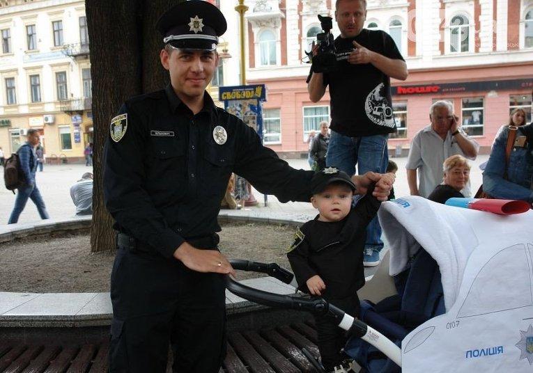 В Ивано-Франковске прошел Парад колясок