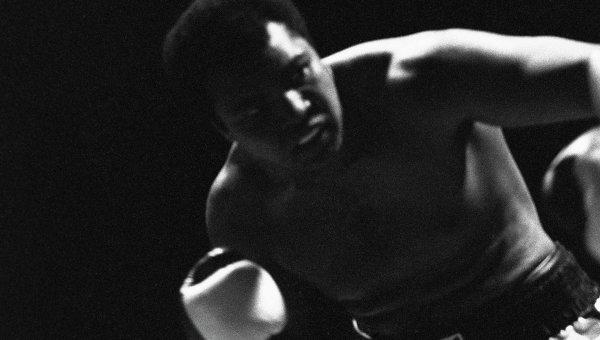 Легендарный американский боксёр Мохаммед Али. Архивное фото