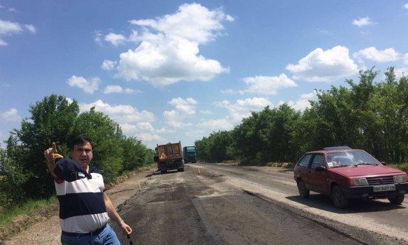 Саакашвили пообещал работать в палатке на трассе Одесса - Рени