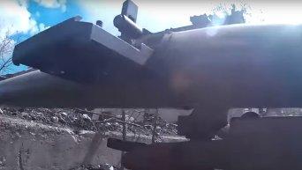 Бой в районе промзоны Авдеевки. Видео