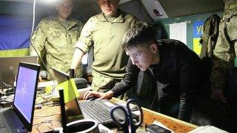 Надежда Савченко в зоне АТО. Архивное фото