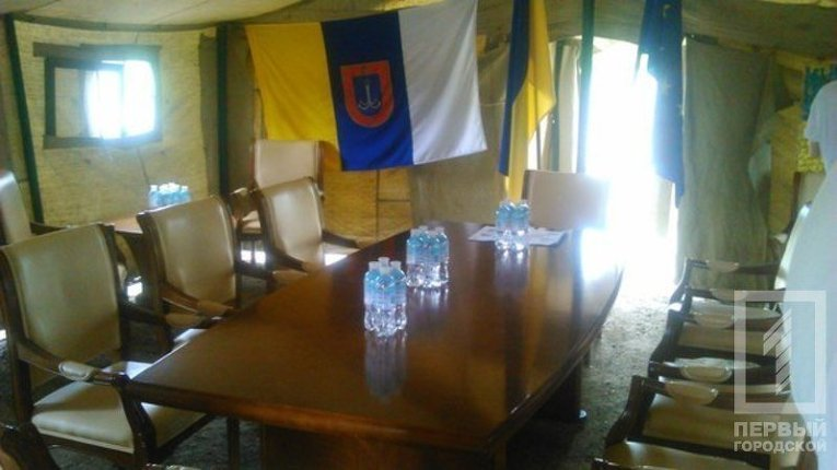 Полевая приемная Саакашвили на трассе Одесса-Рени