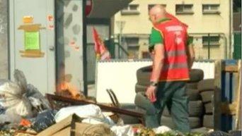 Заваленный мусором Париж за день до старта Евро-2016