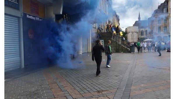 Нападение немецких фанатов на украинских болельщиков