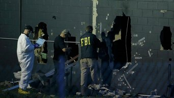 Работа полиции на месте стрельбы в Орландо