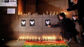 У посольства США в Сантьяго (Чили) почтили память жертв теракта в Орландо