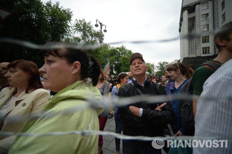 Митинг переселенцев под Кабинетом министров
