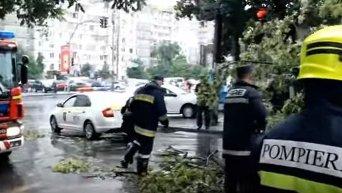 На Кишинев обрушился сильный ливень, есть погибшие. Видео