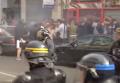 Полиция в Лилле разогнала английских болельщиков слезоточивым газом. Видео