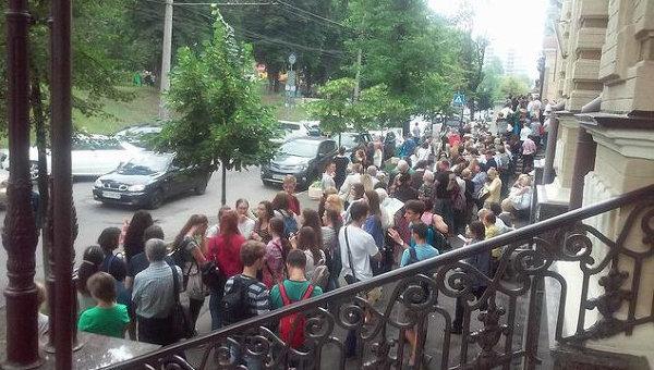 Очередь на выставку Спасенные сокровища Италии в Киеве