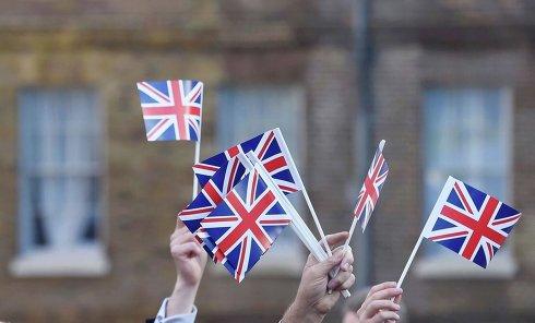 Флаги Великобритании на референдуме по сохранению членства в ЕС