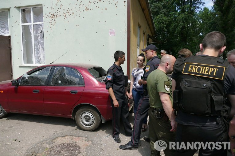 Взрыв на территории травматологического центра в Донецке