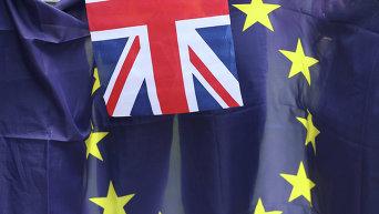 Флаги Великобритании и ЕС