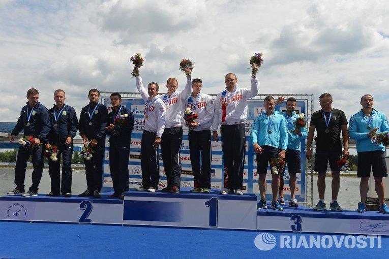 Призеры соревнований на каноэ-четверке на дистанции 1000 метров среди мужчин на чемпионате Европы по гребле на байдарках и каноэ