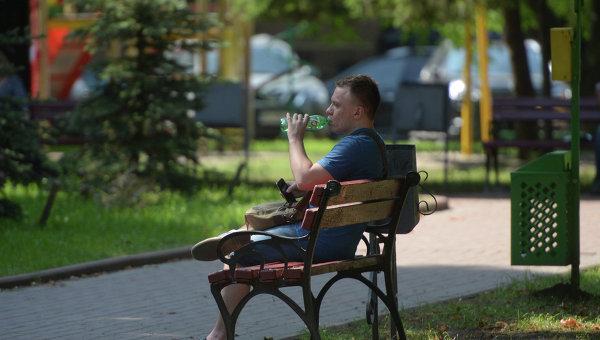 Жителям Закарпатья из-за жары сократили рабочий день начас