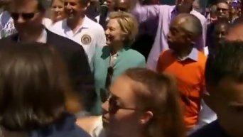 В Нью-Йорке Клинтон приняла участие в гей-параде. Видео